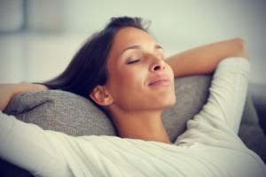 Woman-Home-Imagining